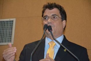 deputado estadual Angelo Almeida