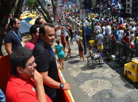 """Presidente da Câmara de Salvador defende desfile dos afros e afoxés em """"horário nobre"""""""