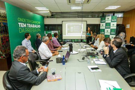 Parceria Público-Privada para a iluminação pública de Camaçari é tema de reunião foto-kelvi-lima