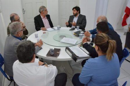 Prefeito assina contrato no valor de R$ 926 mil para elaboração de Plano Municipal de Saneamento