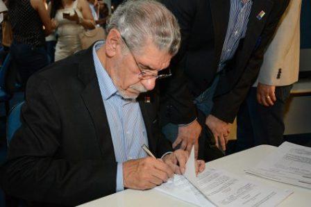 Prefeitura de Vitória da Conquista adere ao consórcio da Policlínica Regional de Saúde