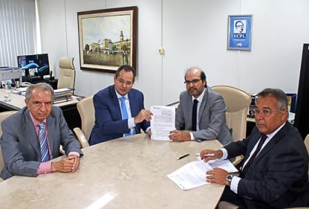 ALBA firma parceria com TCE para implantar assinatura eletrônica