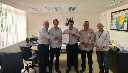 Prefeitura e Embasa assinam contrato de prestação dos serviços de abastecimento e saneamento