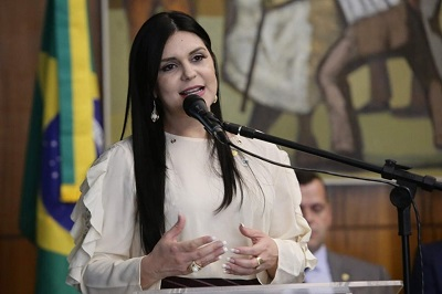 Deputada federal Professora Dayane Pimentel