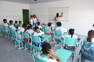 Salários de professores de Feira superam o piso nacional