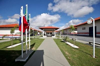 Estado destina mais R$ 34,4 milhões para modernizar escolas estaduais no interior